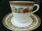 MINTON? Beautiful Victorian tea cup & saucer